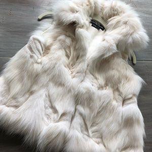 ADRIENNE LANDAU ..... fur vest